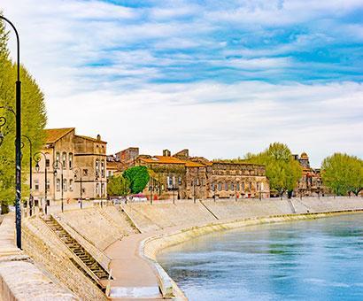 Hôtels Arles Kyriad