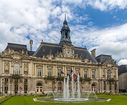 Hôtels Tours Kyriad