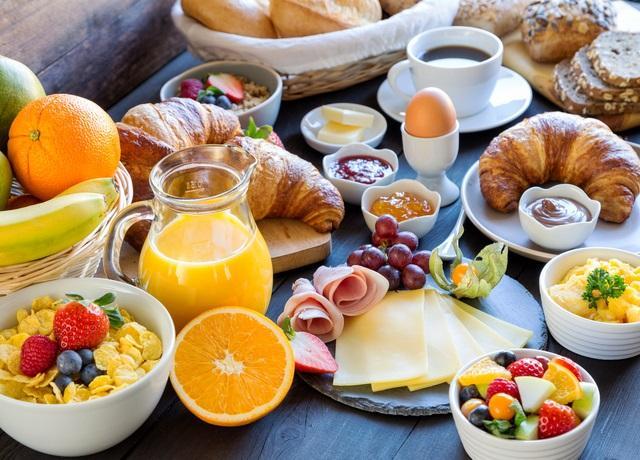 Petit déjeuner Campanile hôtels