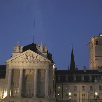 hôtels Campanile Palais des ducs et des Etats de Bourgogne
