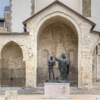 hôtels Campanile Basilique Saint-Rémi