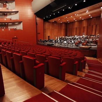hôtels kyriad aix en provence grand theatre de provence