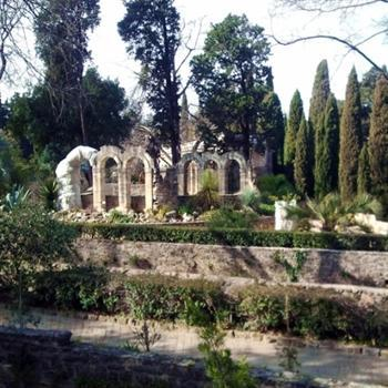 hôtels kyriad montpellier jardin des plantes