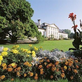 hôtels kyriad strasbourg parc de l orangerie