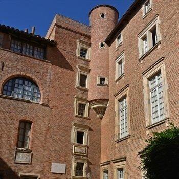 hôtels kyriad toulouse musee du vieux toulouse