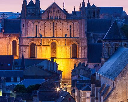 hôtels Kyriad Poitiers